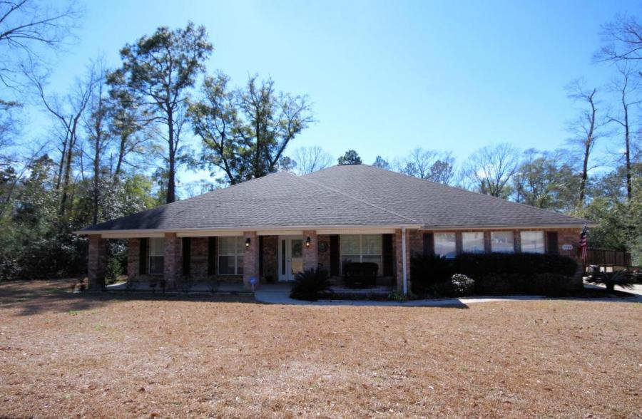 5904 Wind Trace Road, Crestview, Florida