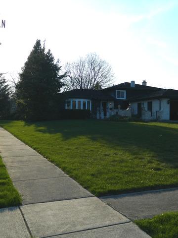 1212 Sleepy Hollow Lane, Darien, Illinois