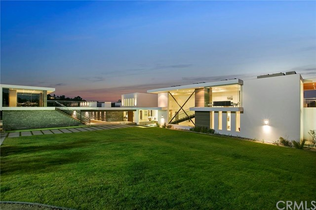 3000 Benedict Canyon Drive, Beverly Hills, California